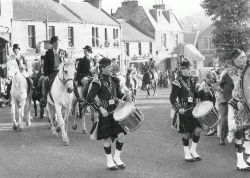 #LISSEN.  Penicuik Pipe Band 1953.